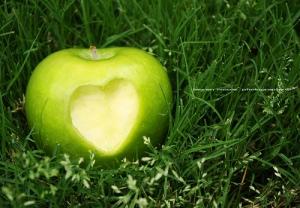 Վարդավառը նաև խնձորի տոնն է
